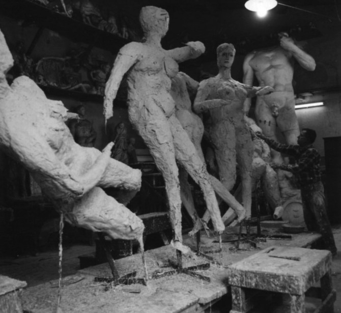 The interior of the Ferdinando Marinelli Artistic Foundry of Florence (FAFM) in 1950s with a view of the plaster models collection