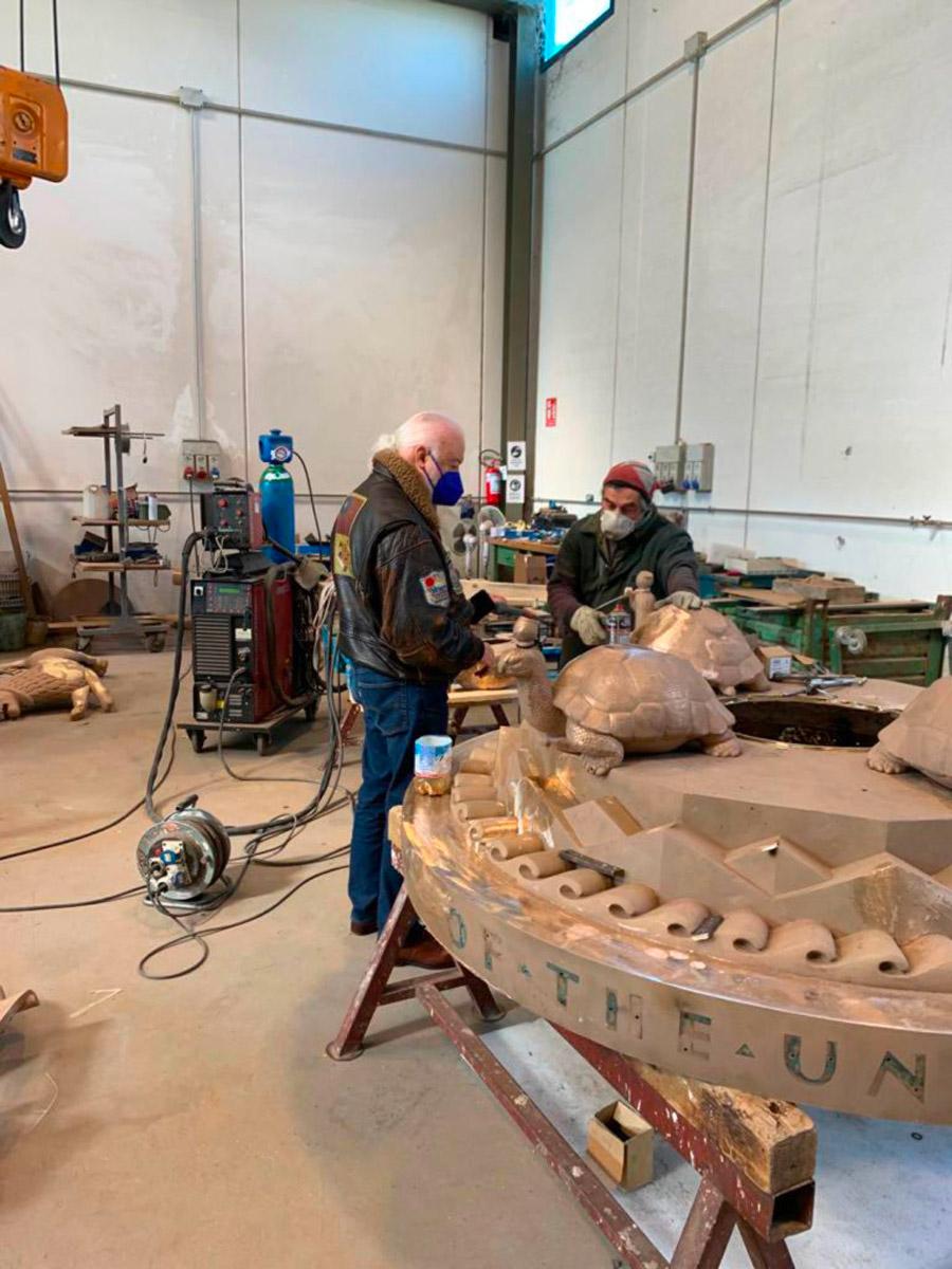 restauro della sfera celeste di paul manship del palazzo delle nazioni unite a ginevra a cura della fonderia artistica ferdinando marinelli di firenze